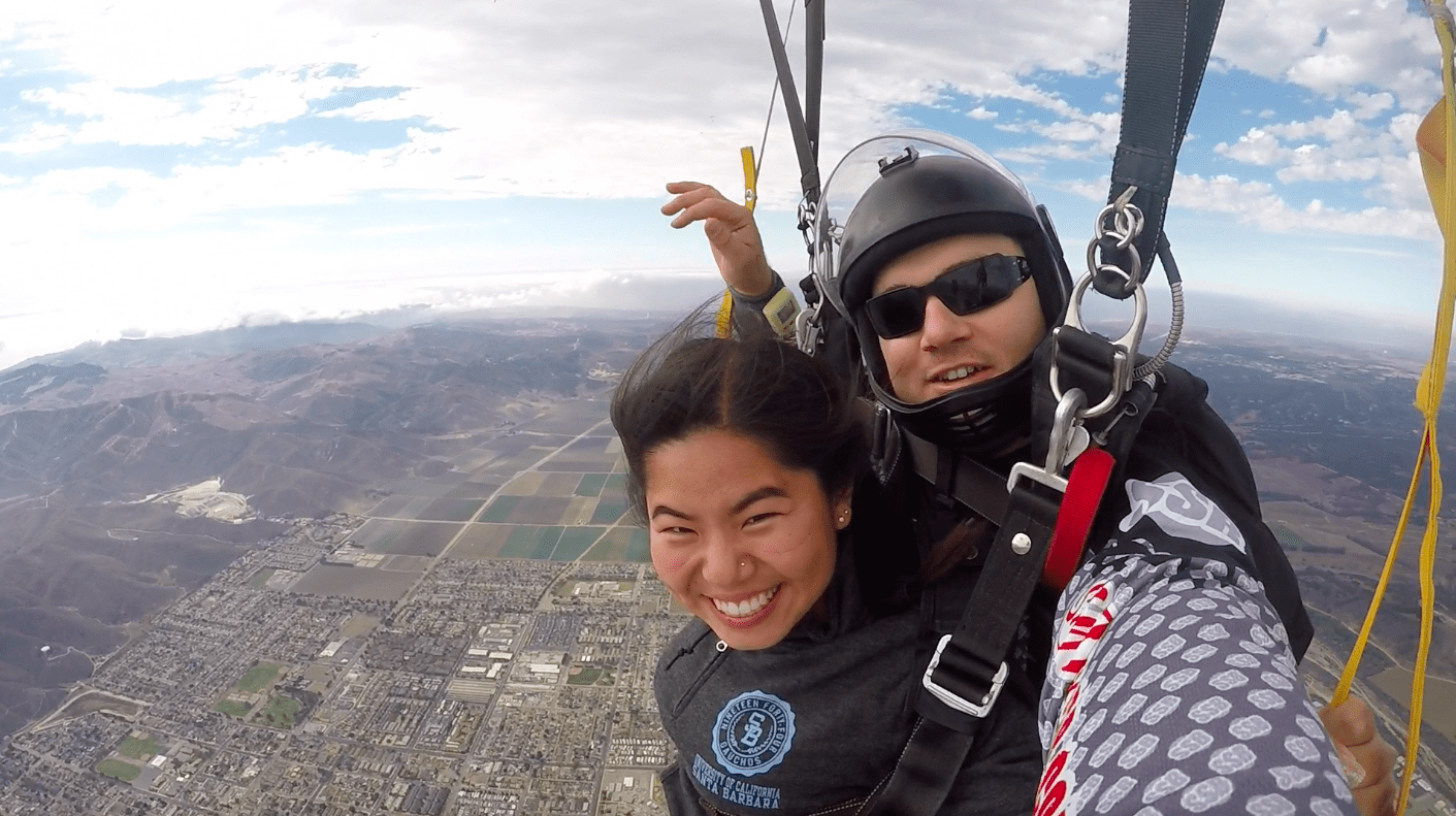 tandem skydivers on Valentines Day