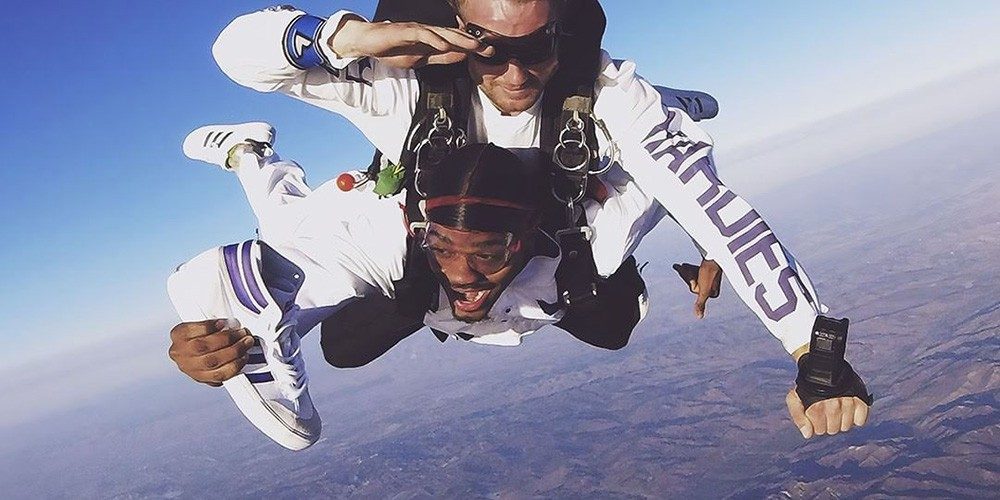 Tyshawn Jones tandem skydiving